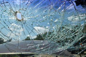 windshield-needs-replacing